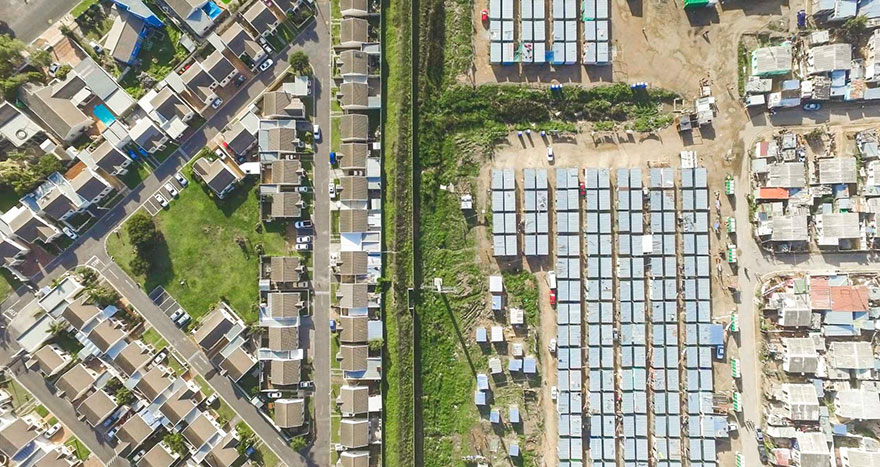 unequal-scenes-drone-photography-inequality-south-africa-johnny-miller-14