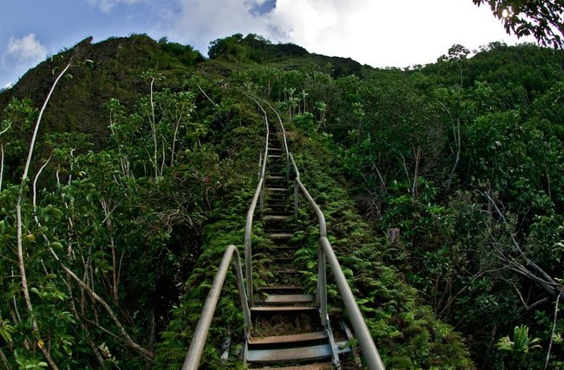 27. Stairway to Heaven, Honolulu, Hawaii_R