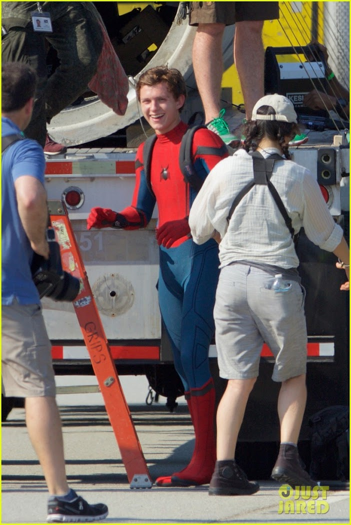 Spider-Man-Homecoming-Tom_Holland-Atlanta-Ga-June_27_2016-012