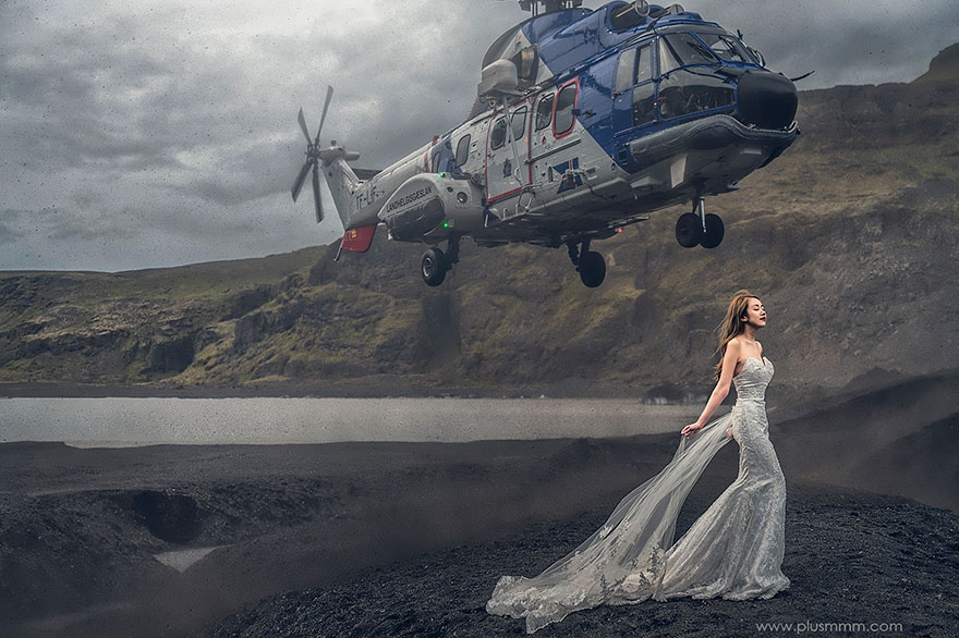 helicopter-bride-wedding-photography-cm-leung-1