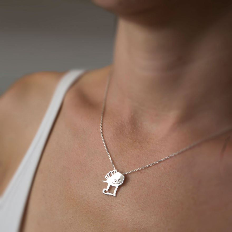 two-artist-moms-are-turning-the-childrens-art-to-unique-silver-jewellery-9__880