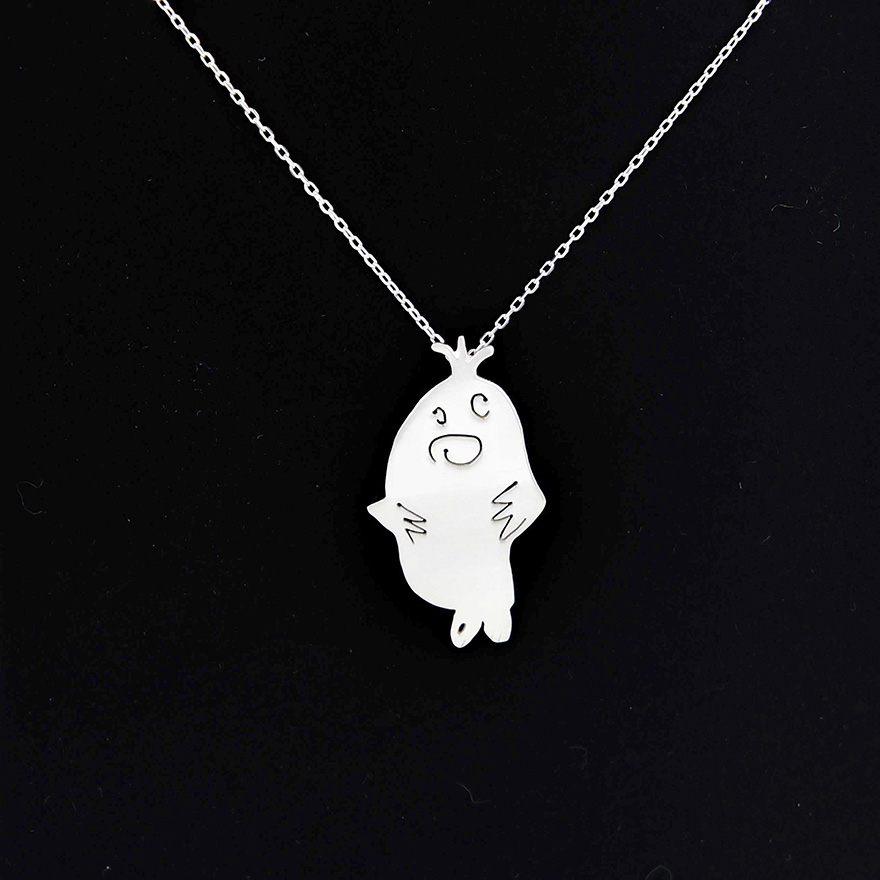two-artist-moms-are-turning-the-childrens-art-to-unique-silver-jewelries-1