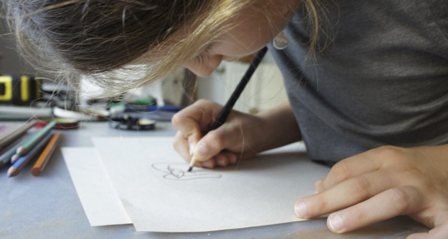 two-artist-moms-are-turning-the-childrens-art-to-unique-silver-jewelries-12-1