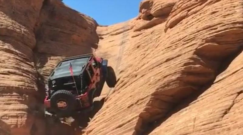 four-wheeled-vehicle-drives-up-canyon-wall-2_r